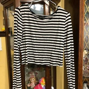 Forever 21 strip black and white long sleeve